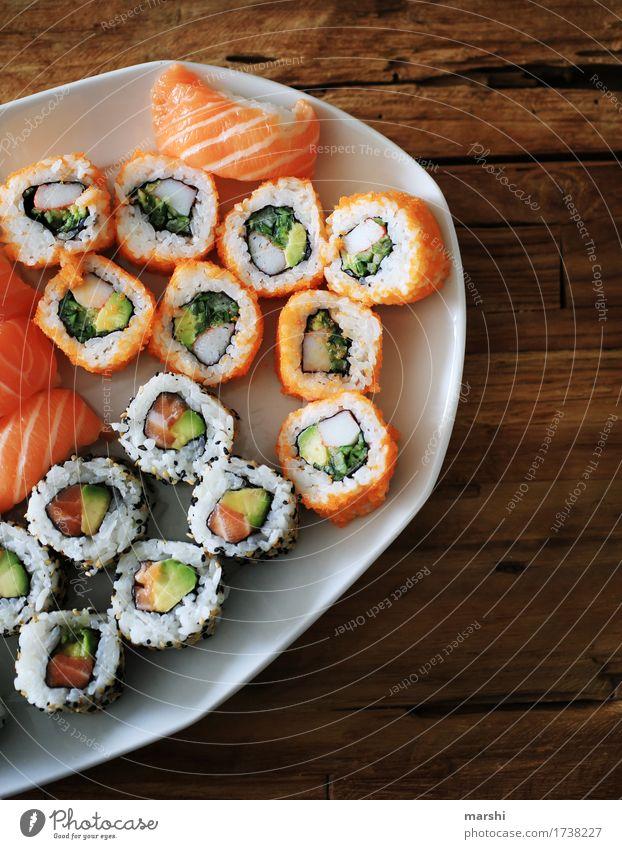 Sushi Auswahl Fisch Reis Asiatische Küche lecker Ernährung Gesunde Ernährung Speise Essen Foodfotografie Appetit & Hunger exotisch Essen zubereiten rezept