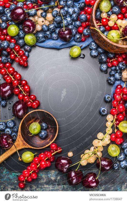 Sommer Beeren mit Kochlöffel Lebensmittel Frucht Dessert Marmelade Ernährung Bioprodukte Vegetarische Ernährung Diät Saft Schalen & Schüsseln Löffel Stil Design