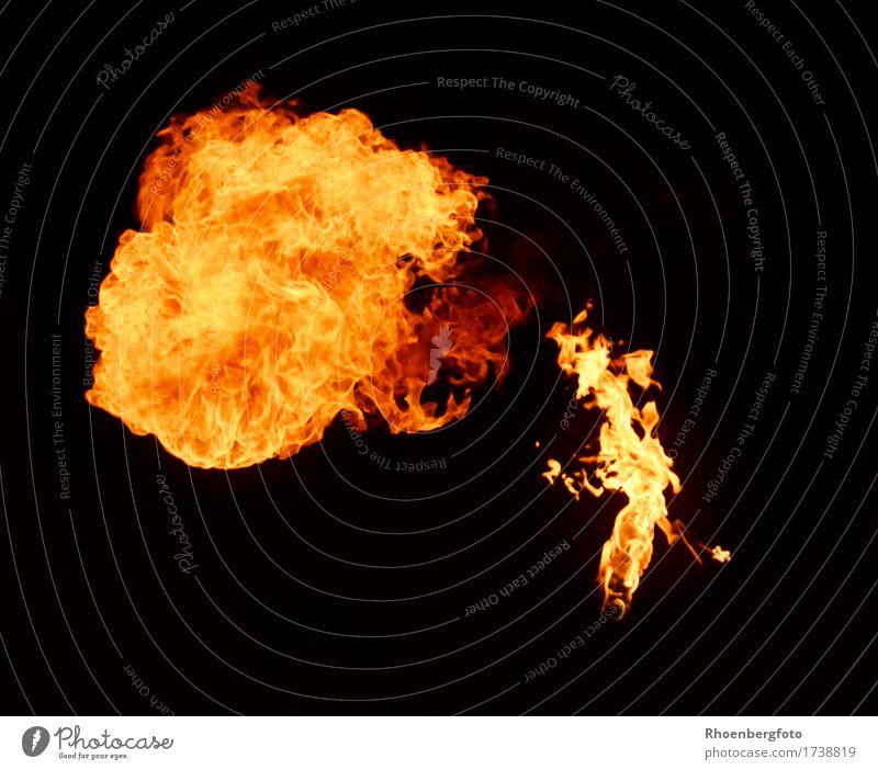 Feuer Freude gelb Spielen Feste & Feiern Party glänzend Freizeit & Hobby Luft Warmherzigkeit bedrohlich Show Risiko Veranstaltung heiß Jahrmarkt