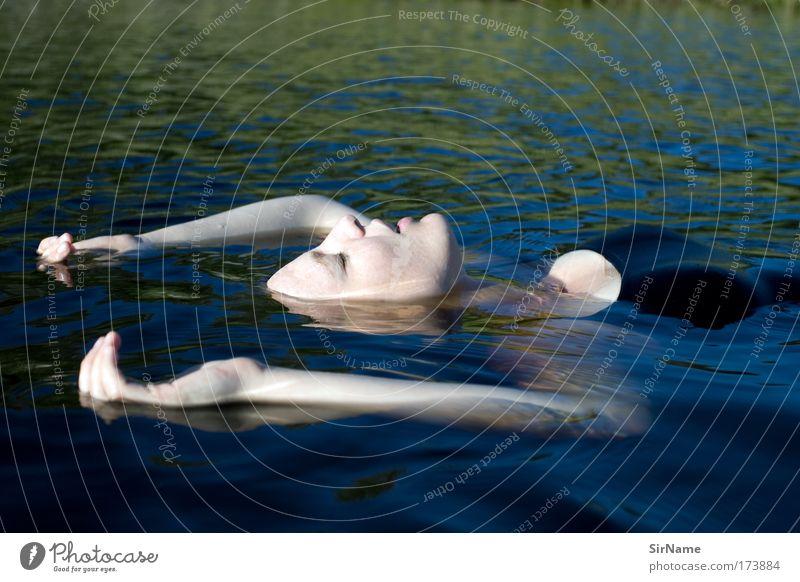 109 [floatation therapy] Mensch Jugendliche blau Ferien & Urlaub & Reisen schön Wasser weiß Meer ruhig Erholung Junge Frau Erwachsene feminin Gefühle Freiheit 18-30 Jahre