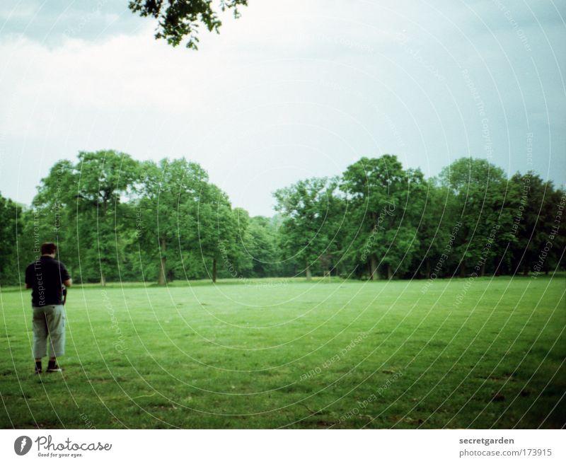 [HH09.3/4] ein jüngling, einsam im walde.... Mensch grün Baum Ferien & Urlaub & Reisen Sommer ruhig Einsamkeit Wald Wiese Umwelt Landschaft Gefühle Garten