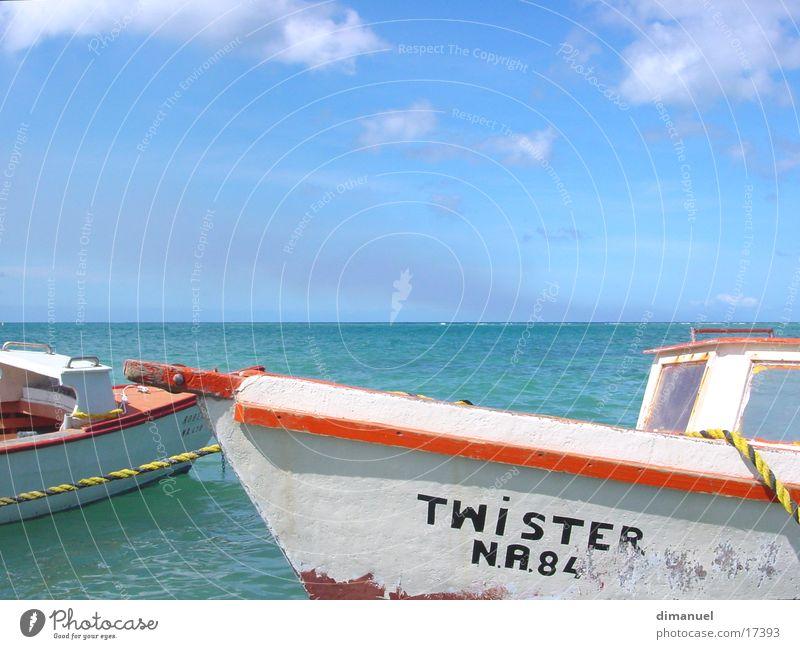 Caribbean boot Wasserfahrzeug Meer Wolken Tornado boat water sea caribbean clouds