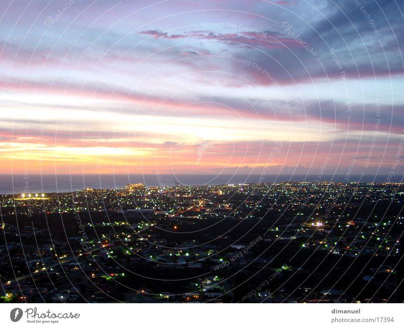 Aruba at night Wolken Panorama (Aussicht) Himmel Stadt Nacht Sonnenuntergang Island leicht clouds sky Insel cruiseship cruiseschiff sea meer. light groß