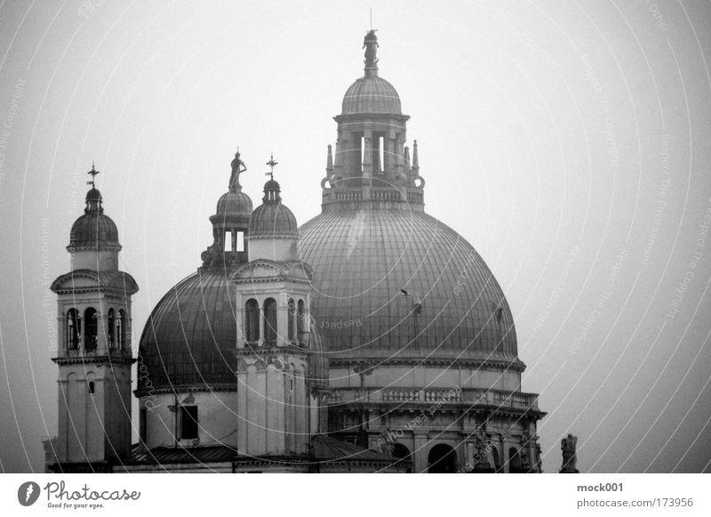 Venedig im Winter III Traurigkeit Kunst Kirche Europa Dach Kultur Italien Altstadt Hafenstadt