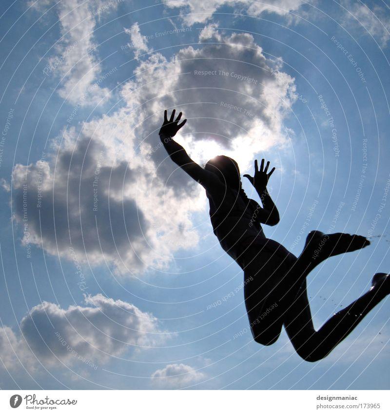 Wolkenkratzer weiß blau Freude schwarz Wolken Ferne dunkel springen Glück Fuß Gesundheit fliegen Wasser Wassertropfen fallen Lebensfreude