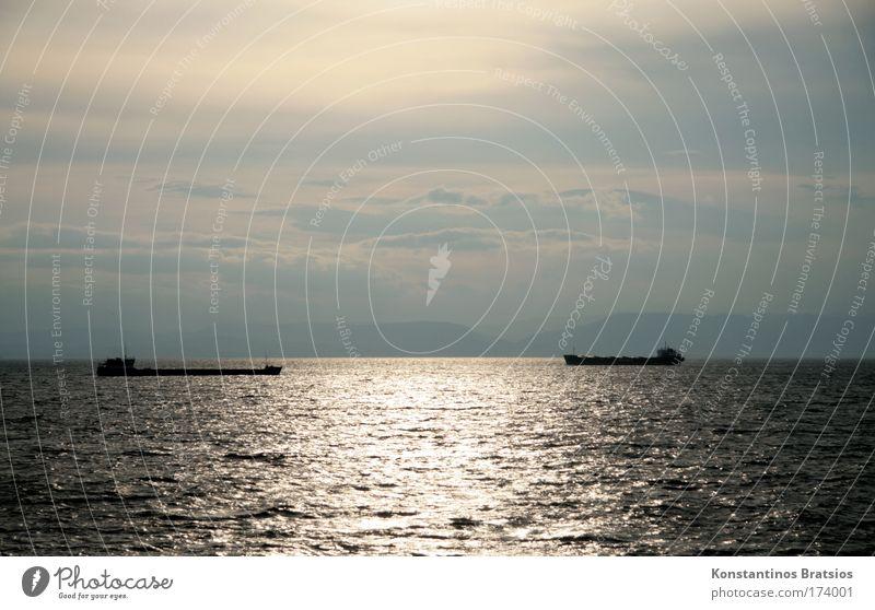 """Treffpunkt 38°20'35""""N / 26°8'26""""E Himmel blau schön Sommer Meer Wolken schwarz Ferne gelb grau Business Horizont Wasserfahrzeug Kraft frei Verkehr"""