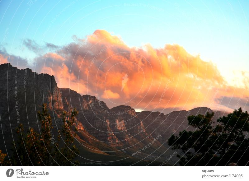 Cloud Natur Himmel Baum rot Sommer Ferien & Urlaub & Reisen Wolken gelb Farbe Berge u. Gebirge Freiheit Wärme Landschaft Luft Stimmung Afrika