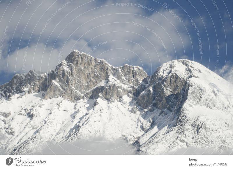 Berg in Tirol mit Schnee; Ferien & Urlaub & Reisen Wolken Schnee Berge u. Gebirge Stimmung Felsen groß Hügel Alpen Gipfel Glaube Schneelandschaft Österreich Schneebedeckte Gipfel Bundesland Tirol Wolkenhimmel