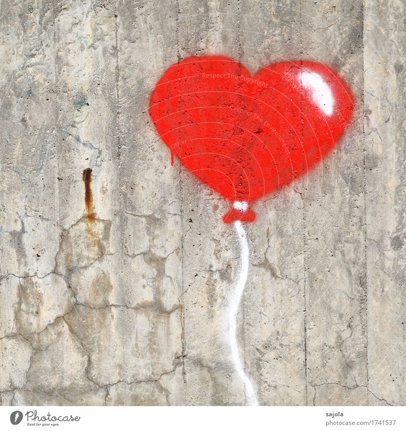 happy birthday rot Wand Liebe Graffiti Mauer grau Dekoration & Verzierung Herz Beton Zeichen Luftballon Kitsch gemalt Straßenkunst herzlich Krimskrams