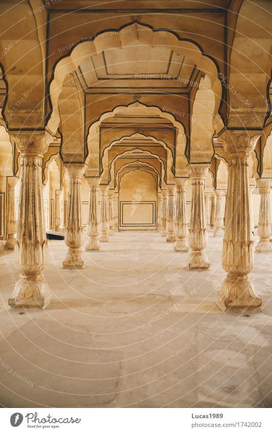Säulengang im Amber Fort Reichtum Stil Ferien & Urlaub & Reisen Tourismus Ausflug Abenteuer Städtereise Sommerurlaub Jaipur Indien Asien Bauwerk Palast Gang