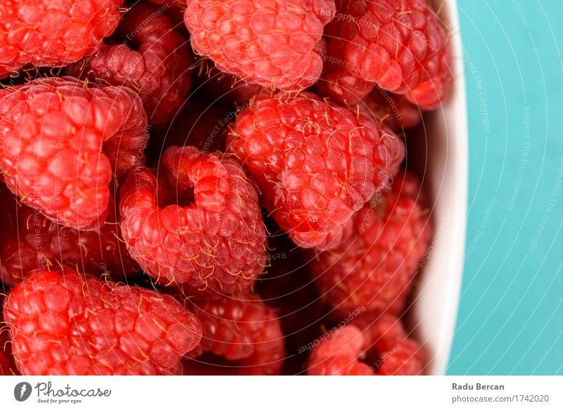 Schüssel frische Himbeeren Lebensmittel Frucht Ernährung Essen Bioprodukte Vegetarische Ernährung Diät Schalen & Schüsseln Fressen füttern lecker oben saftig