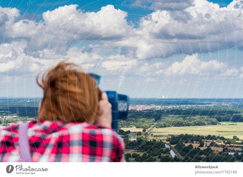 Plant watching 4 feminin Junge Frau Jugendliche Erwachsene 1 Mensch 18-30 Jahre 30-45 Jahre Karlsruhe Stadt Stadtrand Industrieanlage entdecken Blick Aussicht