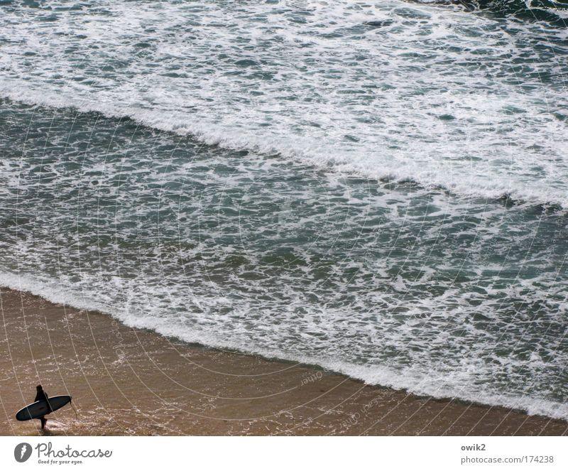 Mittagspause Farbfoto Gedeckte Farben Außenaufnahme Tag Silhouette Sonnenlicht Vogelperspektive Freizeit & Hobby Freiheit Sommerurlaub Meer Wellen Wassersport