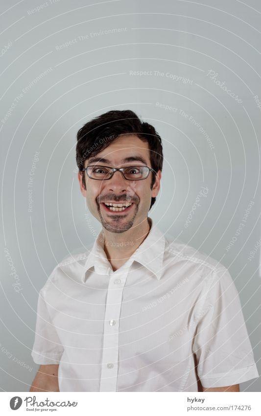 FREU!FREU! Mensch Jugendliche Porträt Gesicht lustig Erwachsene maskulin verrückt Lebensfreude festhalten leuchten trashig Hemd Lächeln Haare & Frisuren