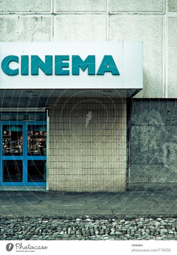 kino! alt blau dunkel Gebäude dreckig Architektur retro trist Filmindustrie Bauwerk türkis Kino schäbig Vorfreude ausgehen Medien