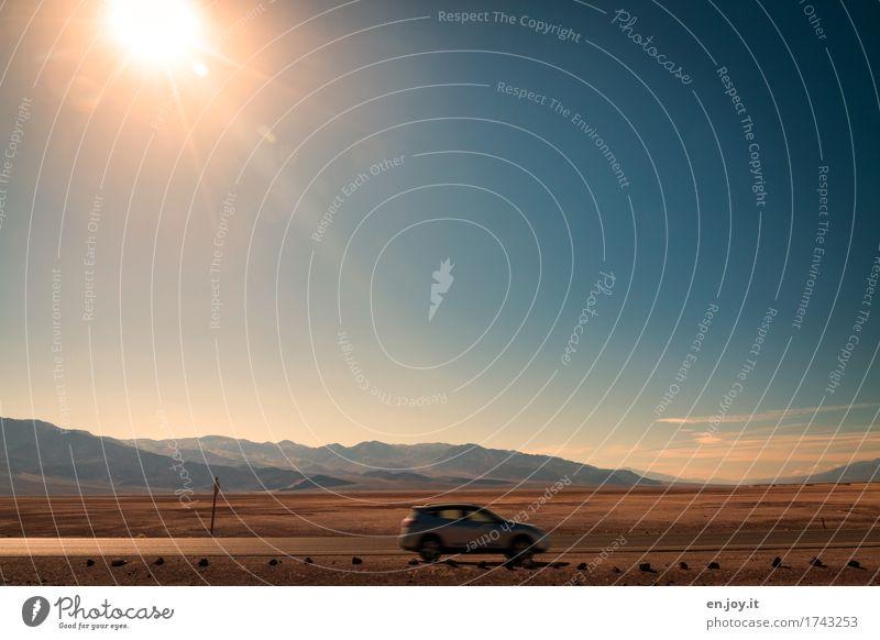 Hitzeblitz Himmel Natur Ferien & Urlaub & Reisen Sommer Sonne Landschaft Straße Freiheit PKW Geschwindigkeit Klima USA Schönes Wetter Abenteuer fahren Amerika