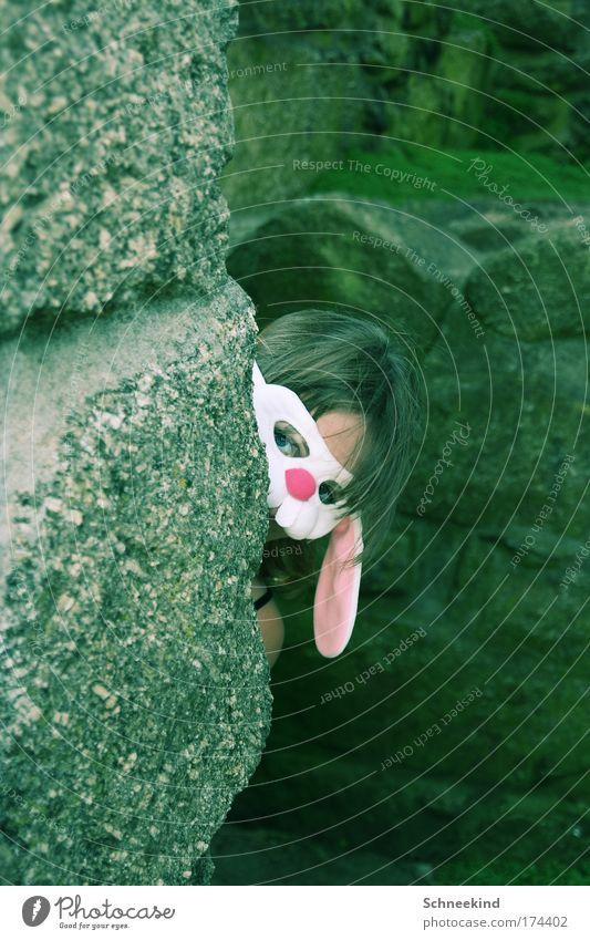Geheimagent Mensch Sommer Gesicht Wand Kopf Stein Mauer lustig Felsen Abenteuer außergewöhnlich verrückt bedrohlich beobachten Neugier Kitsch