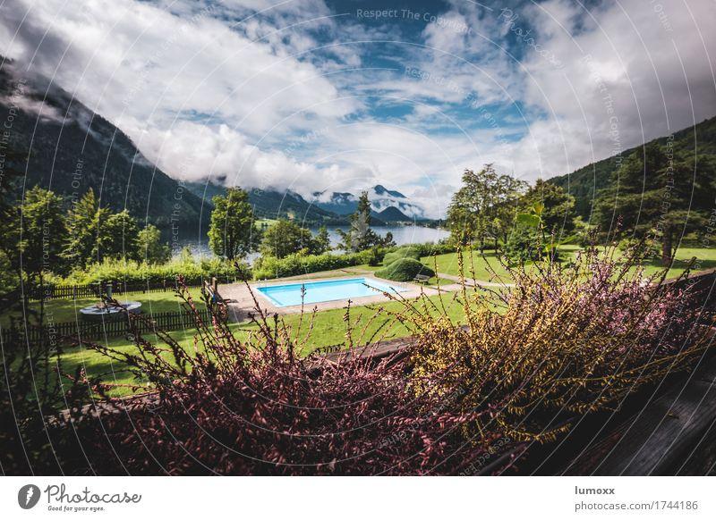 urlaub im paradies Natur Ferien & Urlaub & Reisen Pflanze blau Sommer grün Wasser Wolken Berge u. Gebirge Umwelt Wiese Garten See Sträucher Alpen Schwimmbad