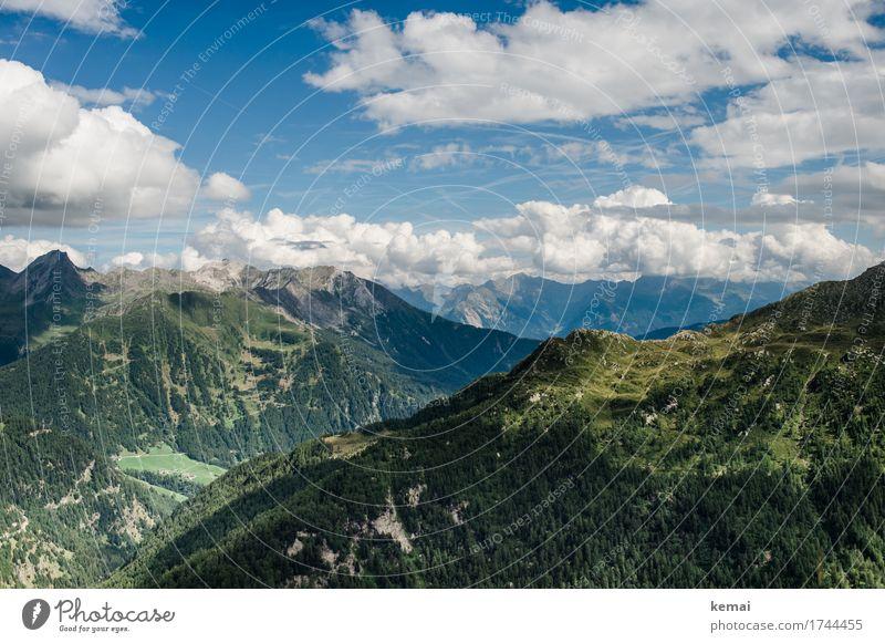 Postkartengruß Himmel Natur Ferien & Urlaub & Reisen blau Sommer grün Landschaft Erholung Wolken ruhig Ferne Wald Berge u. Gebirge Leben Umwelt Freiheit