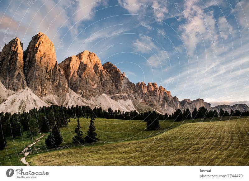 Mountain Love Himmel Natur Ferien & Urlaub & Reisen Sommer Baum Landschaft Wolken ruhig Ferne Wald Berge u. Gebirge Umwelt Wege & Pfade Wiese Freiheit Felsen