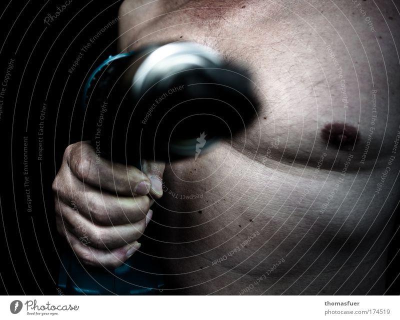 Manpower Mensch Mann Hand Erwachsene dunkel Arbeit & Erwerbstätigkeit Körper dreckig Haut maskulin Industrie Baustelle Brust stark machen Handwerk