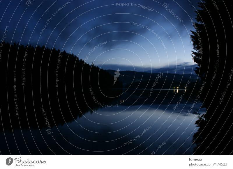 mystic lake Himmel Natur blau Wasser Baum Wolken schwarz ruhig Wald dunkel See natürlich Sicherheit Flüssigkeit Seeufer mystisch