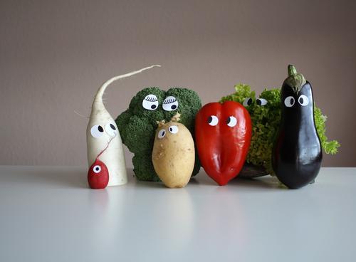 Fleisch ist mein Gemüse Farbfoto Lebensmittel Ernährung Bioprodukte Vegetarische Ernährung Diät Wohnung Restaurant Gesundheit lecker mehrfarbig Gefühle Freude