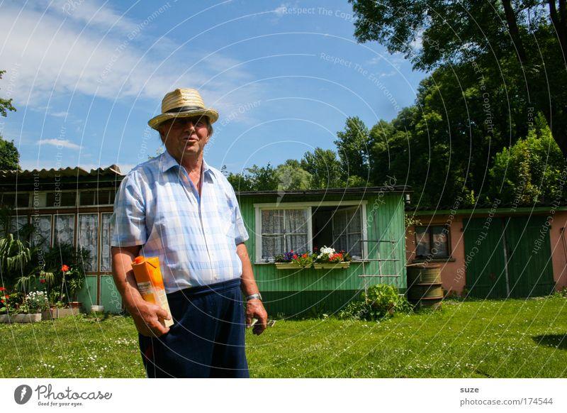 Dittmeyers Valensina Mensch Mann alt Blatt Wiese Senior Gras Glück Garten natürlich maskulin Getränk Blick Haus Hut Schönes Wetter
