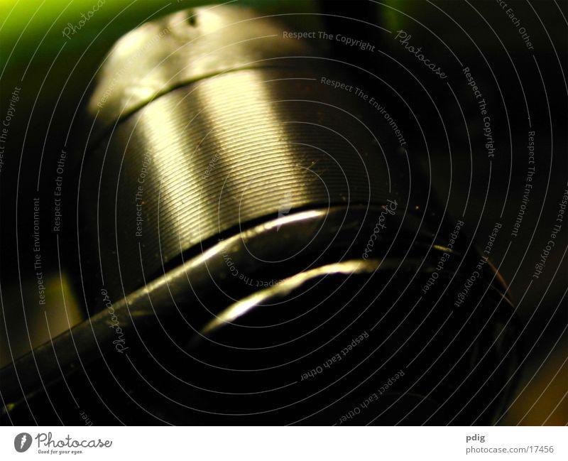 Schraube Maschine Handwerk dunkel Industrie Detailaufnahme Makroaufnahme Nickel Metall