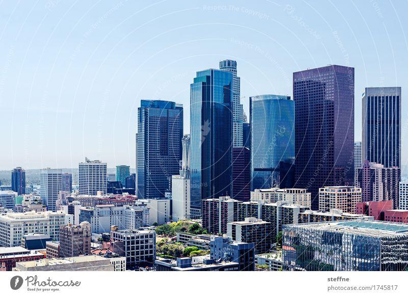 City of Angels Los Angeles Stadtzentrum Skyline Hochhaus Kalifornien USA Bürogebäude Schönes Wetter Business Farbfoto Außenaufnahme Textfreiraum oben Tag