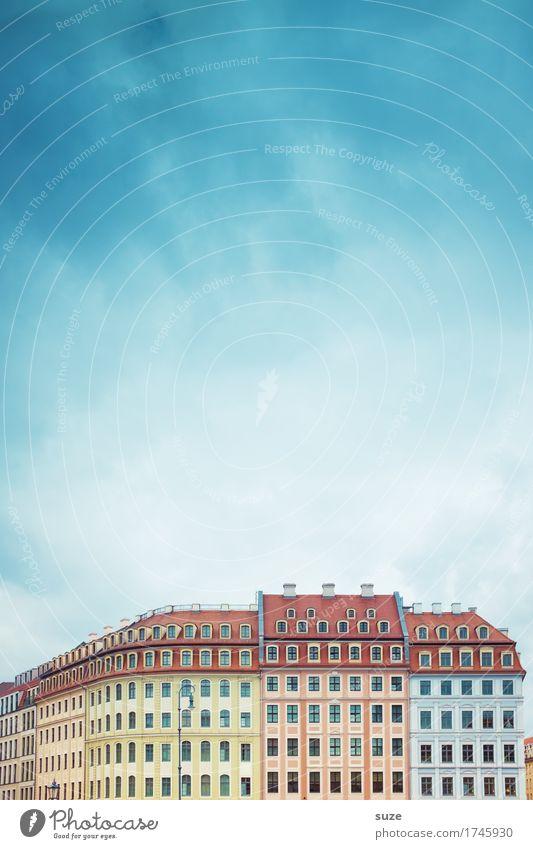 Schönes Dresden Himmel Stadt alt Haus Fenster Architektur Stil Gebäude Fassade Tourismus ästhetisch authentisch Kultur Platz einzigartig historisch