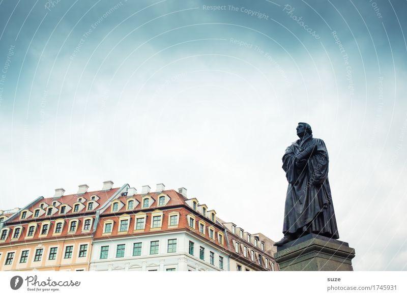 500 Jahre Reformation Tourismus Städtereise Haus Skulptur Kultur Himmel Stadt Stadtzentrum Platz Marktplatz Architektur Sehenswürdigkeit Wahrzeichen Denkmal