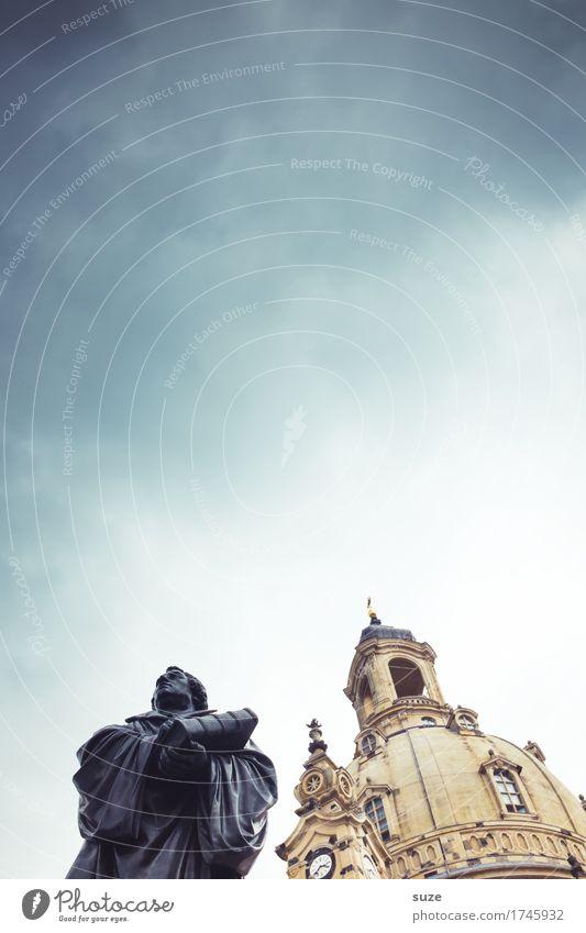 Reformation Himmel Stadt Architektur Religion & Glaube Deutschland Tourismus stehen Kultur Platz Zeichen historisch Vergangenheit Sehenswürdigkeit Wahrzeichen