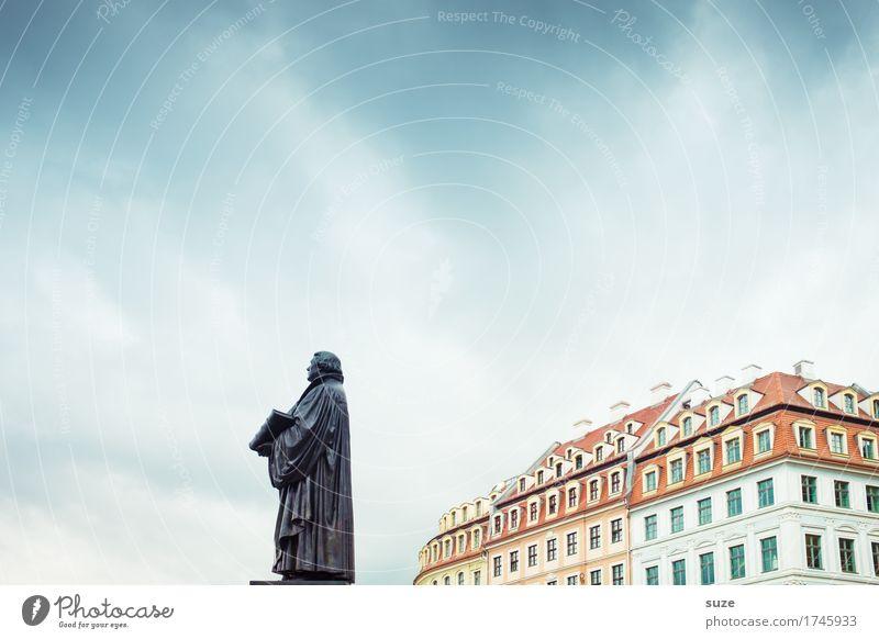 Luther Tourismus Städtereise Skulptur Kultur Himmel Stadt Haus Platz Architektur Sehenswürdigkeit Wahrzeichen Denkmal Zeichen stehen Bekanntheit historisch