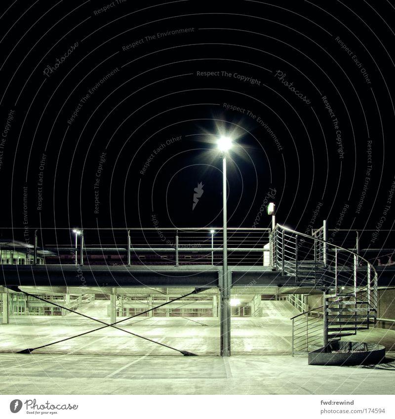 Urban Landscape II Farbfoto Menschenleer Textfreiraum oben Nacht Kunstlicht Langzeitbelichtung Zentralperspektive Aachen Parkhaus Architektur Treppe dunkel kalt