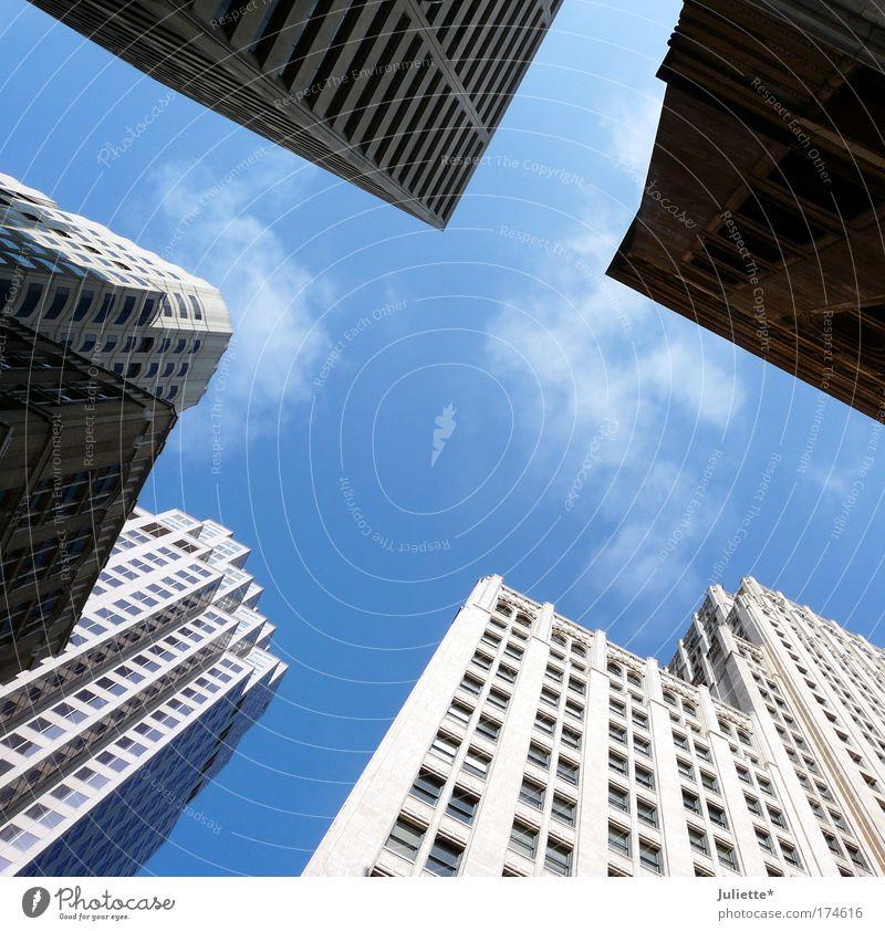 San Francisco Wolkenkratzer Farbfoto Außenaufnahme Morgen Froschperspektive Blick nach oben Sommer Schönes Wetter Stadt Stadtzentrum Hochhaus Bauwerk Gebäude