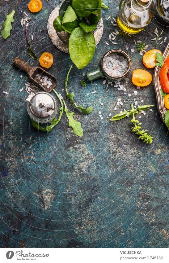 Kräuter und Gewürze für schmackhafte Küche Lebensmittel Kräuter & Gewürze Öl Ernährung Bioprodukte Vegetarische Ernährung Diät Geschirr Stil Design