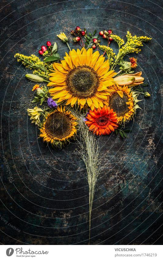 Herbst BlumenStrauß mit Sonnenblumen Stil Design Sommer Dekoration & Verzierung Feste & Feiern Natur Pflanze Blatt Blüte Blumenstrauß gelb arrangiert