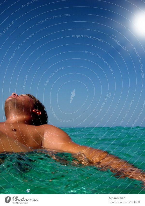 RELAX Mensch Himmel Natur blau Wasser grün Ferien & Urlaub & Reisen Sonne Sommer Meer Erholung Leben Kopf Schwimmen & Baden Zufriedenheit maskulin