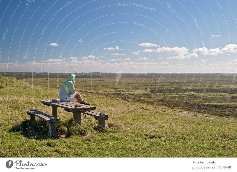 einfach mal allein sein Mensch Himmel grün blau Gefühle träumen Landschaft wandern Horizont Natur Heide