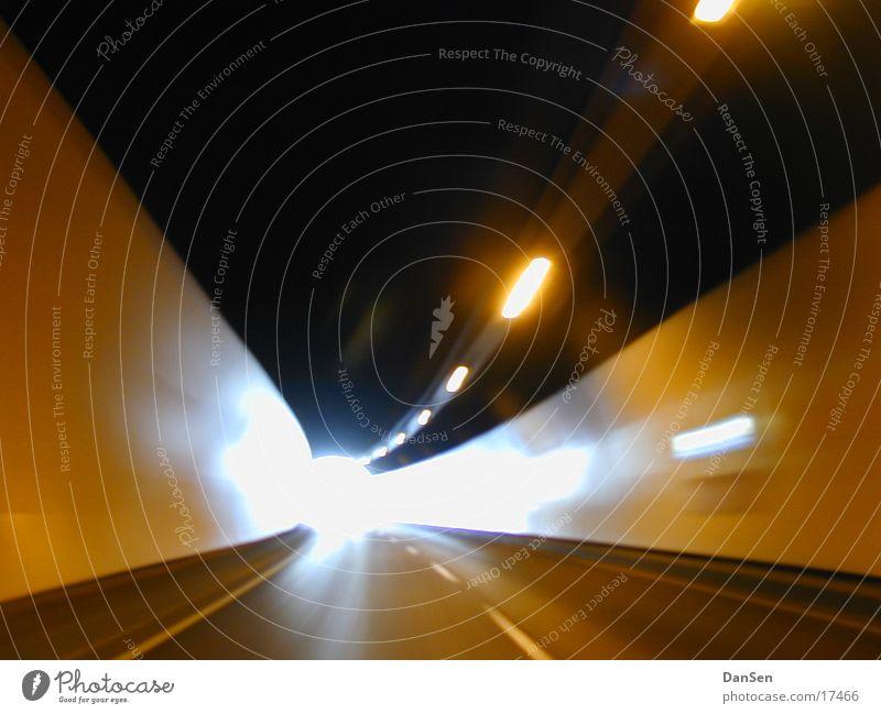 Tunnel Ferien & Urlaub & Reisen PKW Verkehr Autobahn