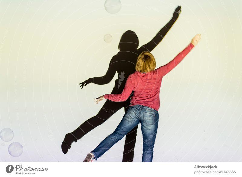 Schattenballett 7 Freude Freizeit & Hobby Spielen Tanzen feminin Junge Frau Jugendliche Erwachsene 1 Mensch 18-30 Jahre Kunst Theaterschauspiel Bühne