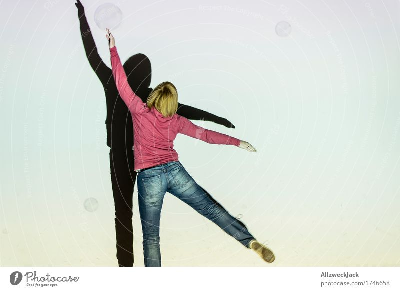Schattenballett 9 Freude Freizeit & Hobby Spielen Tanzen feminin Junge Frau Jugendliche Erwachsene 1 Mensch 18-30 Jahre Kunst Theaterschauspiel Bühne