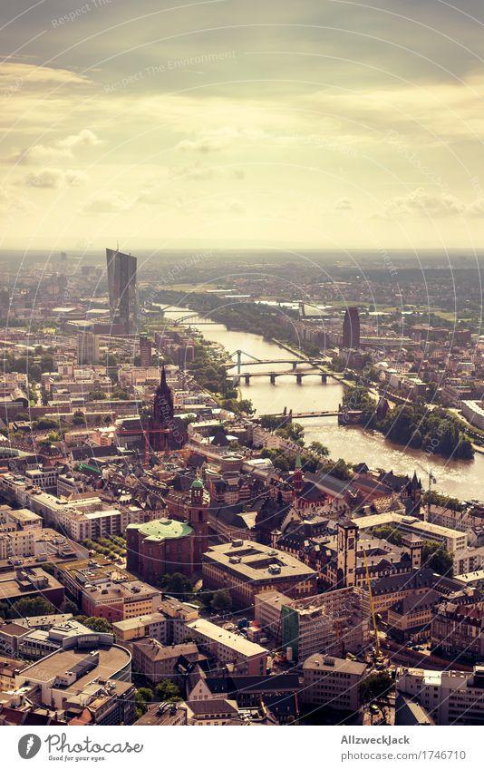 Frankfurt 2 Himmel Stadt Sommer Wolken Gebäude dreckig Hochhaus Kirche Fluss Sehenswürdigkeit Wahrzeichen Stadtzentrum Altstadt Abenddämmerung Dom