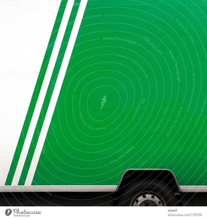 Lieferwagen schön weiß grün Arbeit & Erwerbstätigkeit Metall Verkehr verrückt Güterverkehr & Logistik authentisch einfach Streifen einzigartig Lastwagen Schnur Rad Kunststoff