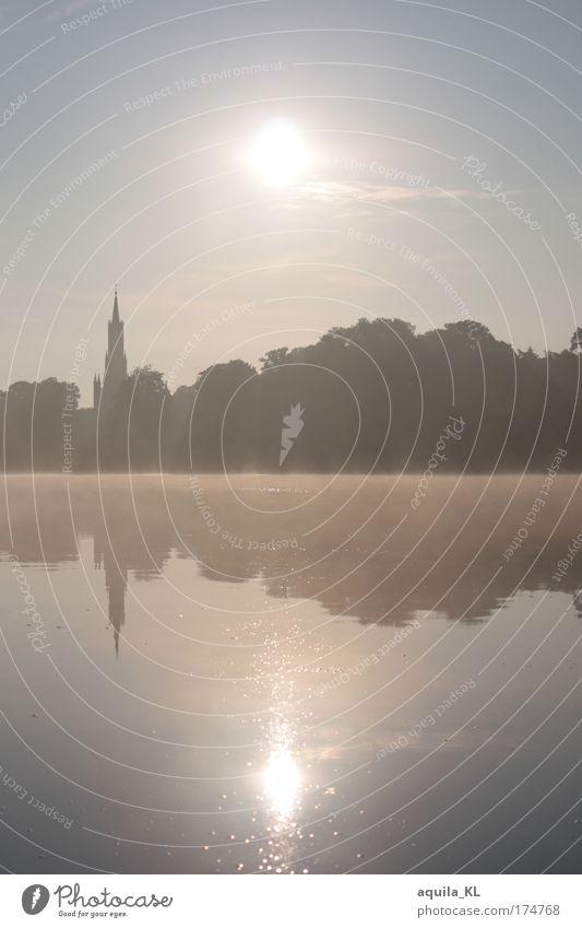 Mecklenburg - schönes Bundesland Wasser schön Himmel Sonne träumen See Landschaft Nebel Kirche Romantik Seeufer Schönes Wetter Spiegelbild traumhaft Traumwelt Wolkenloser Himmel