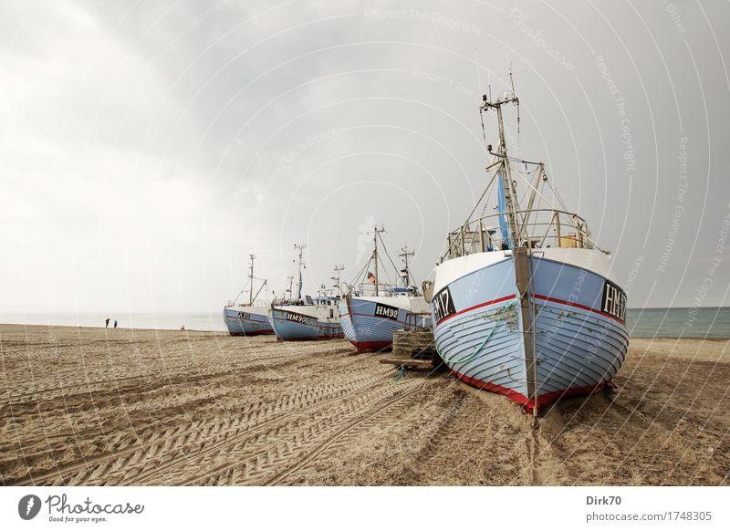 Kutterparade Ernährung Meeresfrüchte Ferien & Urlaub & Reisen Sommerurlaub Strand Fischereiwirtschaft Sand Wolken Wetter schlechtes Wetter Küste Nordsee