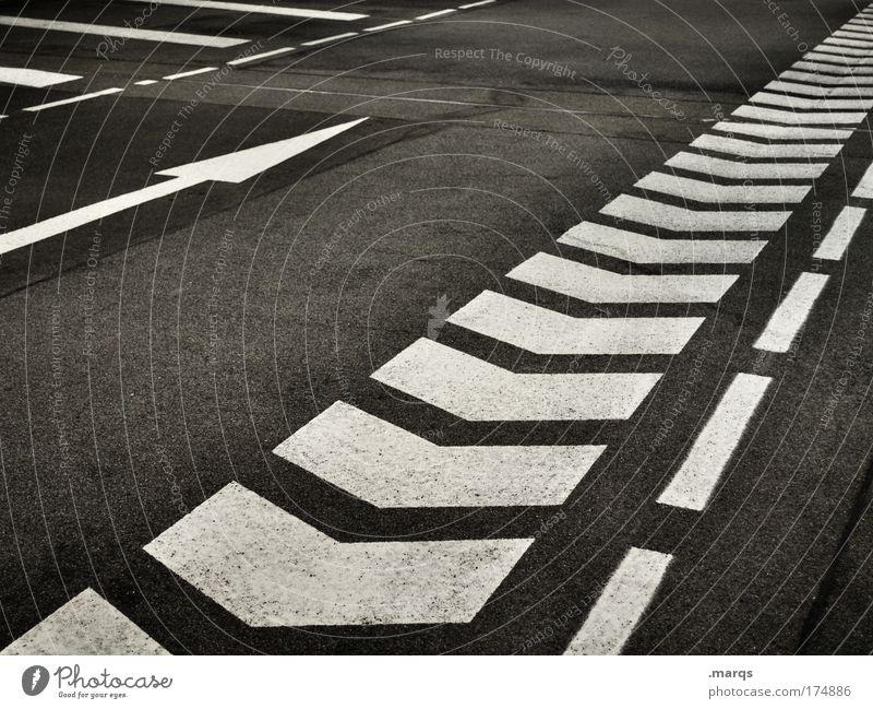 Straight Ahead Stadt Ferien & Urlaub & Reisen Straße Wege & Pfade Linie dreckig Straßenverkehr Schilder & Markierungen Erfolg Verkehr Ausflug fahren Streifen