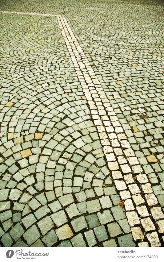 Pflastersteine Stadt Linie Ordnung Bürgersteig Kopfsteinpflaster Knick Muster pflastern Pflasterweg 30er Zone