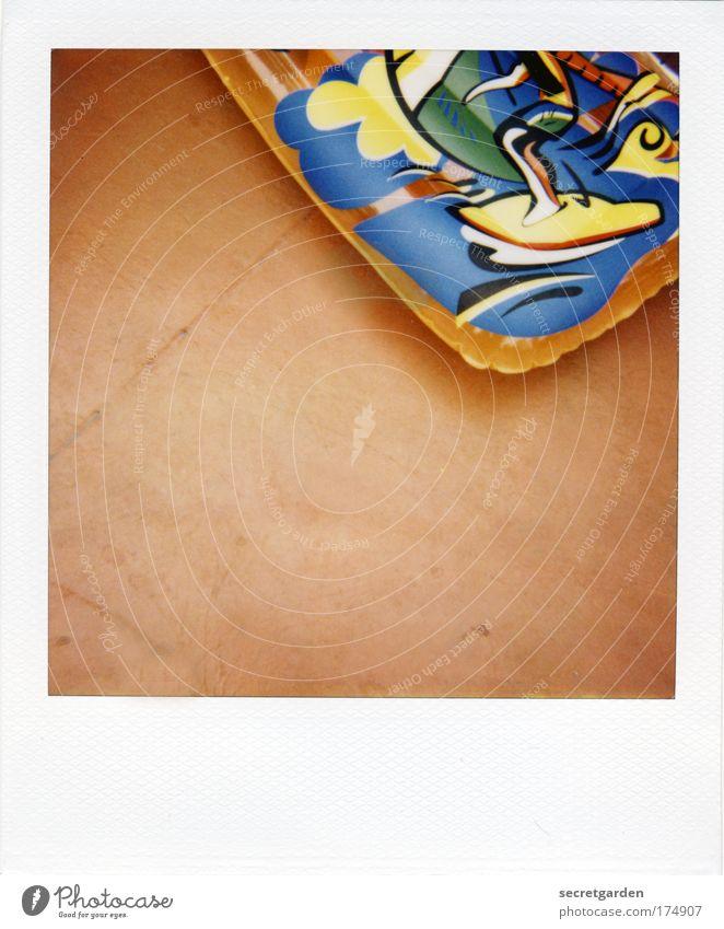 [KI09.1]groß, aufgeblasen und orange. Wasser Meer Sommer Freude Strand Ferien & Urlaub & Reisen Farbe Erholung Luft nass Insel Schwimmbad Klima Freizeit & Hobby